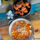 Oven & fried chicken lunch