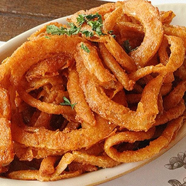 Crispy buttermilk onion rings