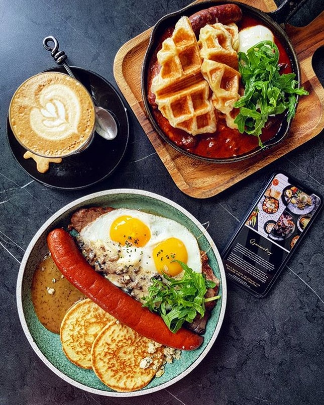 Cafe Food
