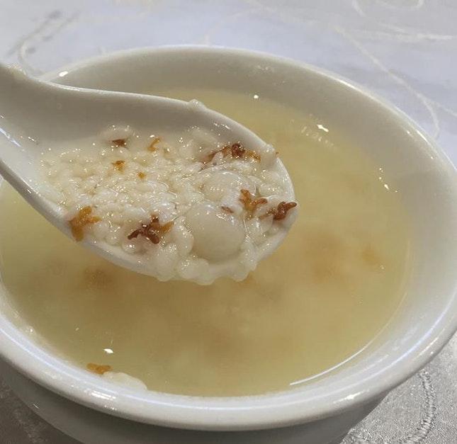 桂花米酒粉子 Glutinous Rice Ball in Rice Wine ($6) 🍶 This is the first time I have ever seen & tried this unique dessert.