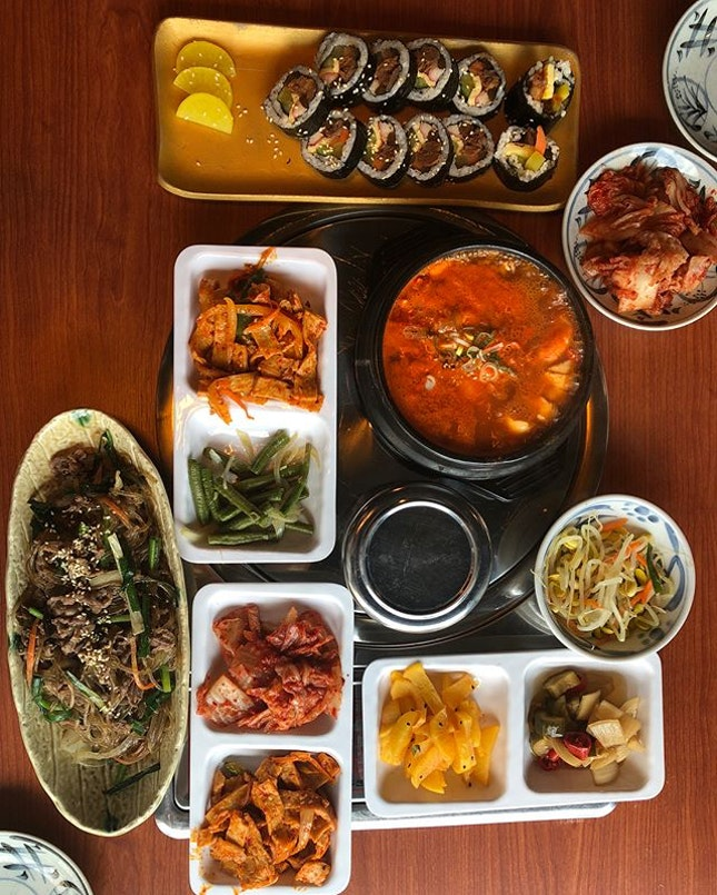 My 3rd visit within 2 weeks 🤪 Korean cuisine is always welcome by my tummy 🤣 💕 As usual, the banchan here are of variety & quality.