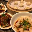 Steamed Pork Dumplings ($7.80) was good but Steamed Crab Meat & Pork Dumplings ($11) was even better, tastier & sweeter 😘