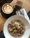 Bacon Mushroom Aglio Olio ($14.50) 🍝 It was stated non spicy on the menu but nonetheless I gave it a try.