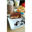 Chocolate Pecan Cake & Minty Choco Frappe 😍  #sgfood #foodstagram #burpple #whati8today #sin_ana_loves_the_golden_arches #sweettreats #sweettooth #christmasiscoming #mccafe #mcdonalds #imlovinit