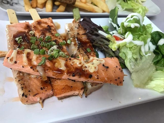 Amazing serving of food at chop chop , Simpang Bedok!