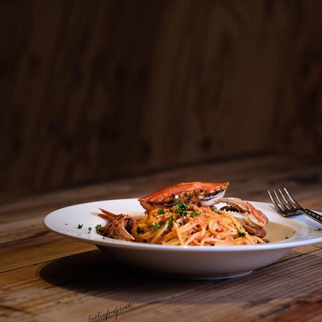 Crab Pasta Set (1300 JPY = S$16.30, includes salad and cappuccino).