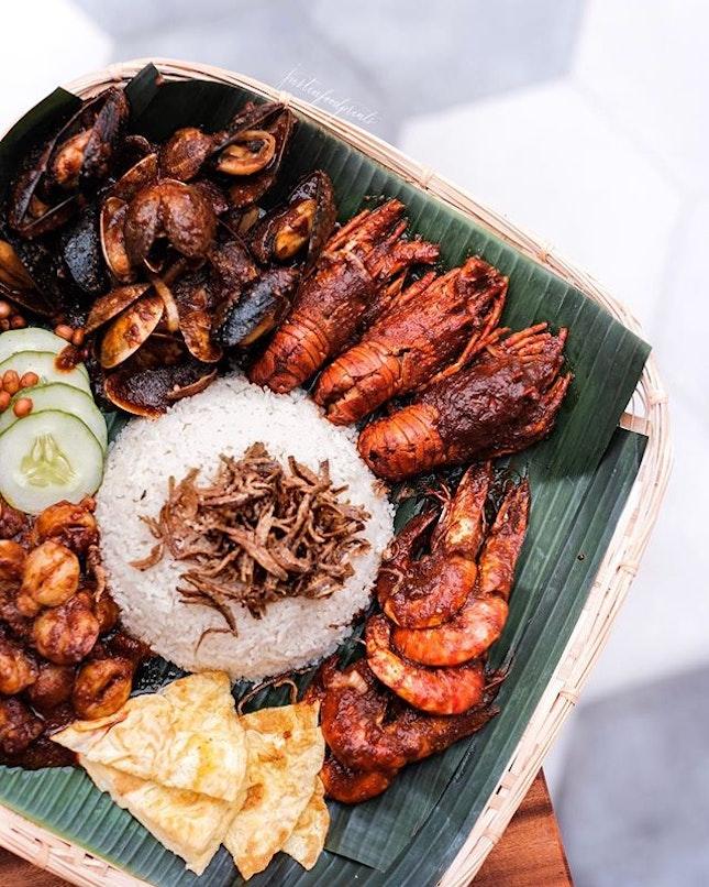 [Newly Opened] Seafood Nasi Lemak Ambeng ($60).