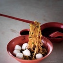 Fishball Noodles ($2).