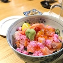 Cos the thought of Friday is just like sakura on a bowl of fresh sashimi fish; like this bara chirashi.