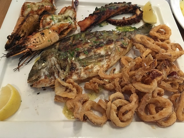 Fresh Seafood Grill