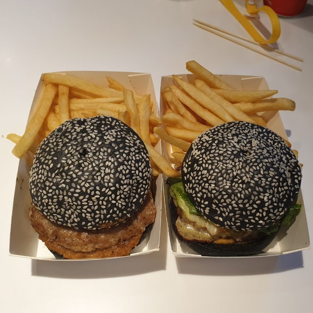 Local Fusion Charcoal Burgers