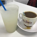 Killiney Kopitiam (Killiney Road)
