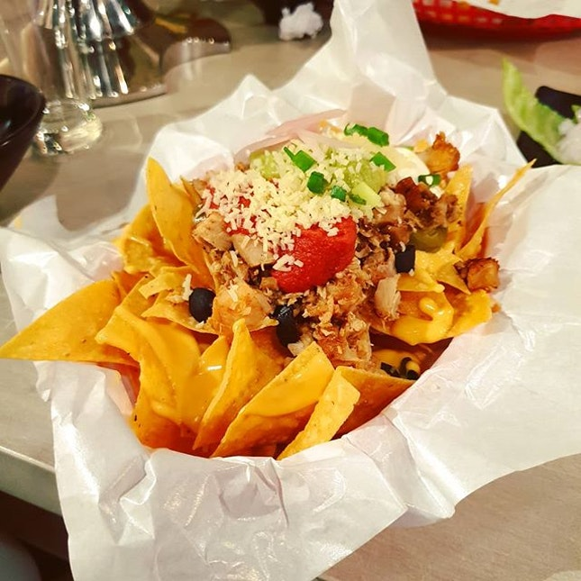 Ending Thursday with a well-loaded cajun chicken nachos.
