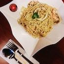 Marinara Aglio Style🍝 Brunch at pasta mania before my movie date w/ best!