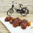 Let's join in the wings feast - Pineapple Buffalo Wings.