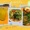 So hungry... ... Yummy Penang Food!! 😋 Refreshing Buah Long Long, Penang Assam Laksa, Penang Prawn Noodles. Thumbs up! 😜👍