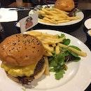 FatPapas Burgers and Shakes (Katong)