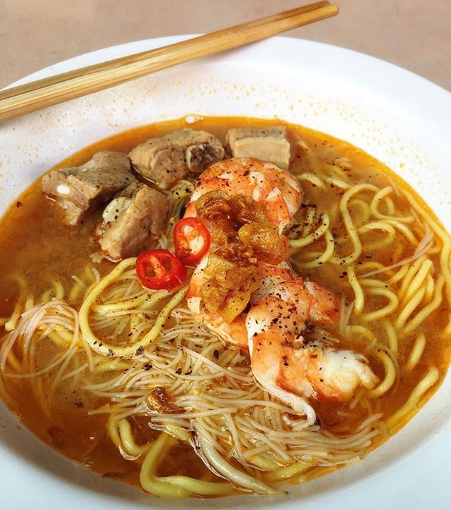 A Sunday morning trip that's worth making, because its prawn broth had such rich umami.