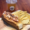 Now their lobster roll can also be enjoyed at a discounted price of $19.90 on Fri and Sat too.