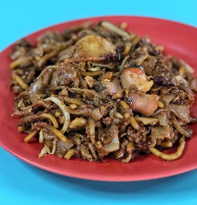 The smooth Kway Teow, subtle Wok Hei, tantalising aroma, fresh plump cockles.