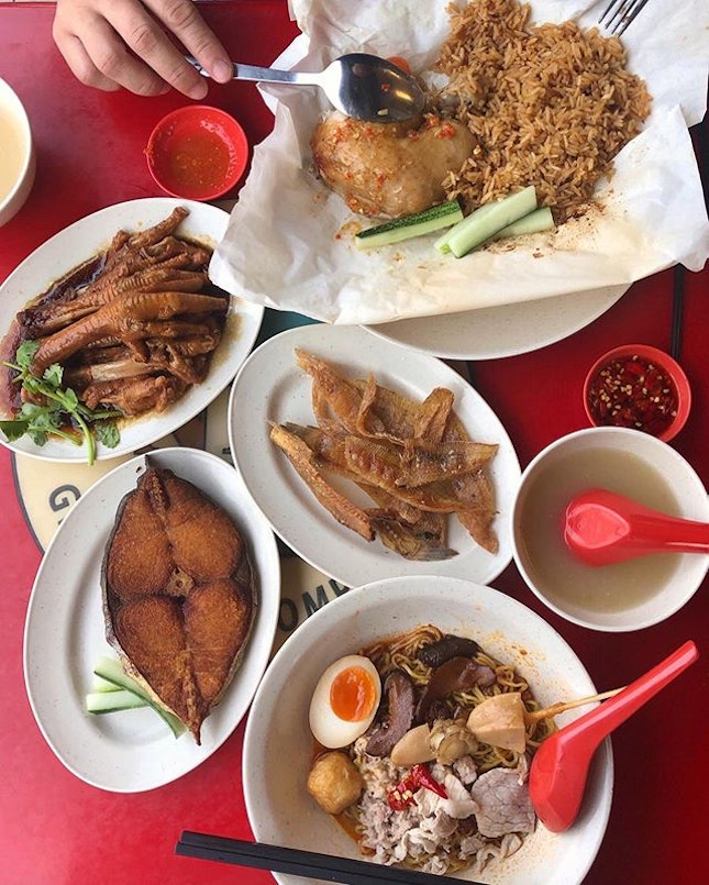 There may be a number of outlets around SG but here at Race Course Road where Lam's opened their first coffeeshop in 1975, the food's as good as it can get.