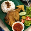 This Ayam Penyet Is Goodd!