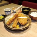 The Signature Premium Rosu Katsu set comes with deep fried pork loin from Japan, a bowl of Japanese rice, chawanmushi, roasted sesame, pickles and also a bowl of miso soup.