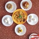 Toa Payoh Hawker Food Trail * Thanks @chantalmag for organising * #starvingfoodseeker #burpple #hungrysquad #foodstarz #videomasak #phaat #foodbossindia #losangeleseats #eatingnyc #damien_tc #singaporeinsiders #thisisinsiderfood #jktfoodbang #exploreflavours #asiafoodporn #feedthepanda #foodie #dailyfoodfeed #thisisinsider #thisisinsiderfood