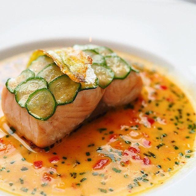 Missing @lesamisrestaurant 🙋🏻 Perfection!