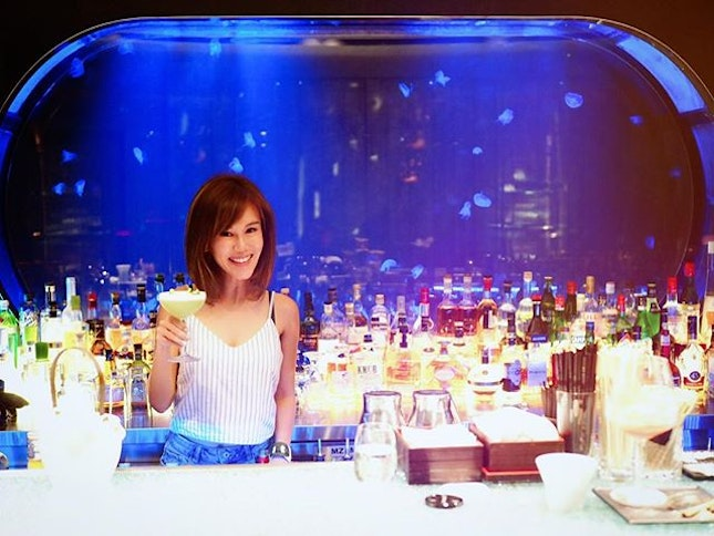 My kind of bar with Jellyfish behind me.