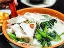 年年有余ok everybody‼️Loving this fish slice soup in the CBD💗 .
