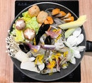 Jjigae Jjigae 찌개찌개 - Hosted Tasting - Seafood Jjigae (💵S$16.90 - 1 pax, 💵S$28.90 - 2 pax) 🍲 • ACAMASEATS & TIPS💮: We tried a few of the Beauty Collagen Jjigae Flavours like Yuzu Salt, Doenjang (fermented soybean paste) & Kimchi Gojuchang in Pork, Beef & Seafood Jjigae.