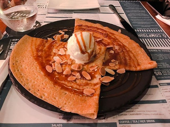 Ô Comptoir French Crêpes & Cider Bar @ocomptoir79 - Crêpes - P.S I Love You (💵S$10) Vanilla Ice Cream, Homemade Salted Caramel with grilled almonds.