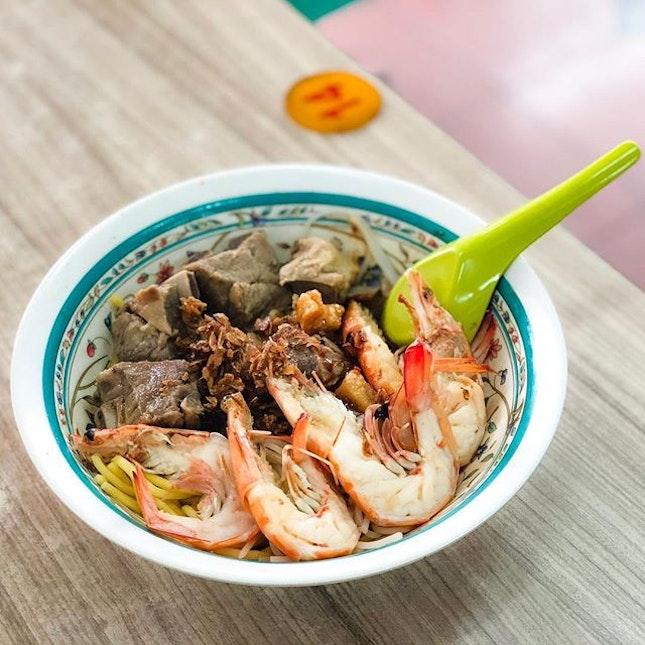 Blanco Court Prawn Mee 白兰阁街大虾面 - Dry Prawn Mee with Pork Ribs (💵S$8.80) .