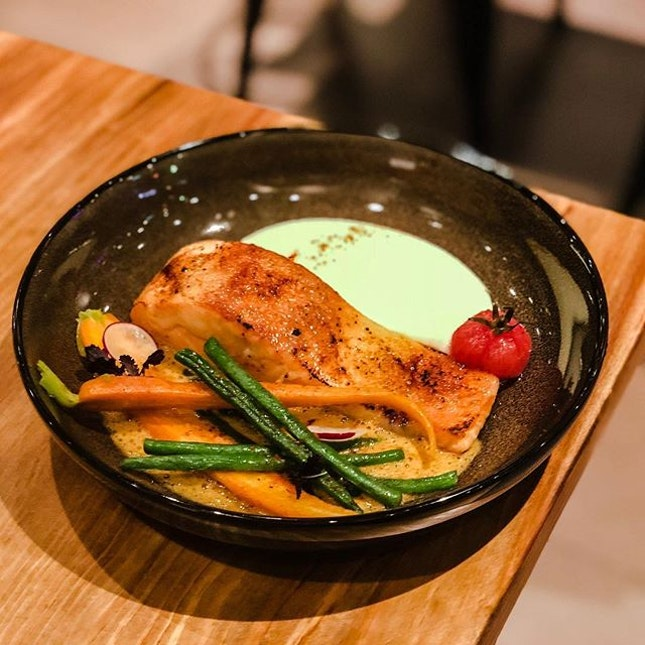 The Communal Place @thecommunalplace - Mains - Miso Salmon (💵S$18) Caramelised Salmon with glazed vegetables and Bouillabaisse foam (180g) .