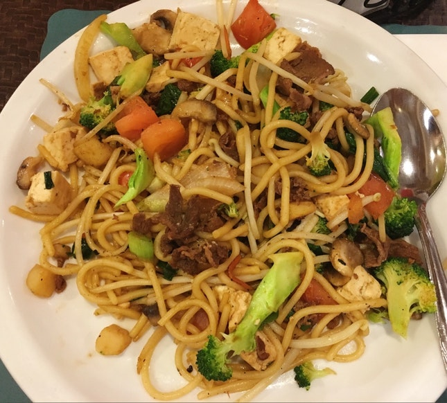 All-you-can-take Meat, Veggie & Noodles / Rice!