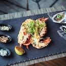 Lobster Thermidor + Fresh Oysters we had for our mains during high tea @thewestinsingapore  #MadAboutSingapore2018  #sgfood #sgfoodies #burpple #instafood_sg #sgcafe #sgig #igsg #exploresingapore  #bonappetit #vscoedit #agameoftones #createcommune  #foodvsco #f52grams #eeeeeats #huffposttaste #onthetable #buzzfeast #forkyeah #getinmybelly  #tastethisnext #eattheworld #foodandwine  #feedyoursoull #tastingtable #bestfoodworld #beautifulcuisines #dailyfoodfeed