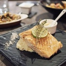 My microwave cooks salmon better & they forgot about my drink 🤷🏻♀️ • • •  ________________________________  #sgfood #sgfoodies #burpple #instafood_sg #sgcafe #sgig #igsg #exploresingapore  #bonappetit #vscoedit #agameoftones #thecreatorclass #createcommune  #foodvsco #f52grams #eeeeeats #huffposttaste #onthetable #buzzfeast #forkyeah #getinmybelly  #tastethisnext #eattheworld #foodandwine  #feedyoursoull #eatfamous #tastingtable #bestfoodworld #beautifulcuisines #dailyfoodfeed