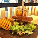 Griddy Burger with Turkey Bacon [$10.90] I decided to try this second branch of Griddy in Our Tampines Hub.