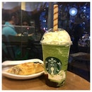 Matcha Earl Grey Jelly Frappuccino 🍵 Starbucks never fails to surprise us of their new flavours.