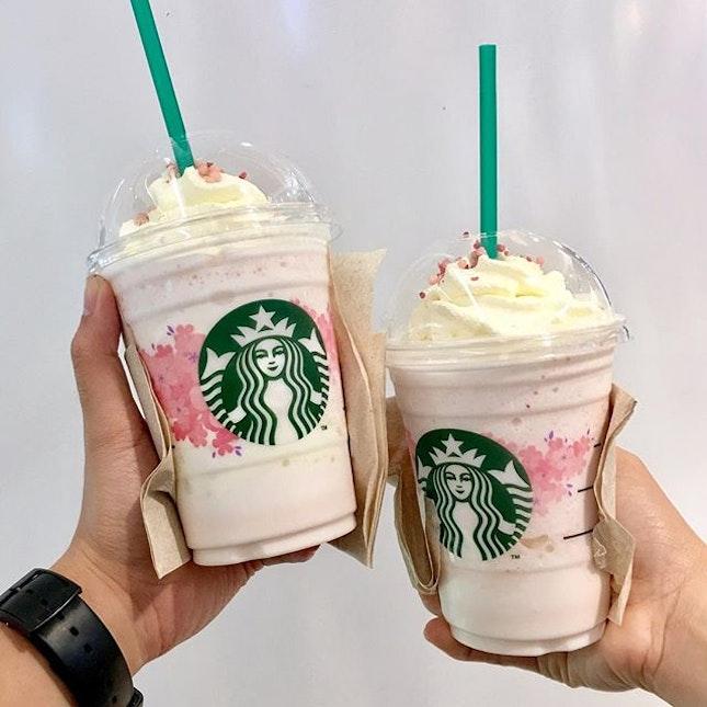 D087 Strawberry Honey Blossom Crème 🍓 Sorry, but I'm loyal with my Caramel Macchiato, Caffe Latte and Caffe Mocha.