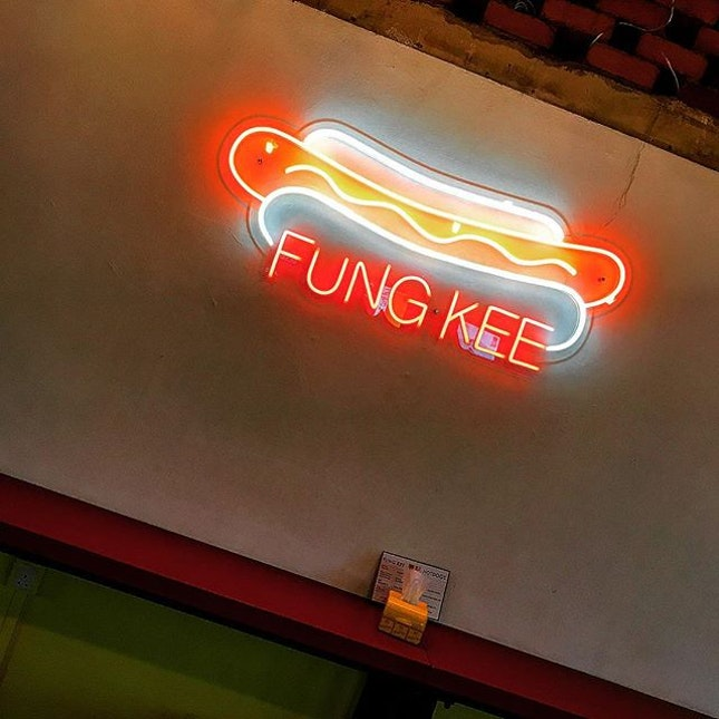 Hipster Hotdog Joint - located in the infamous 4 levels of whores.