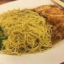 RedRing Treasures Chicken 🐔 Cutlet Noodles 🍜 set for late lunch 🍴 today with Friend #ieatishootipost#hungrygowhere#instafood#foodporn#Rocasia#iweeklyfood#yummy#instagram#8days_eat#theteddybearman#eatoutsg#whati8today#yummy#eatoutsg#foodforfoodie#vscofood#igfoodie#eatingout#eatstagram#sgfood#foodie#foodstagram#SingaporeInsiders#sg50#100happydays#burpple#eatbooksg