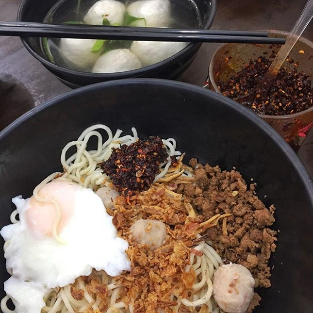 Kin Kin Chili Pan Mee for lunch with 3 lovely ladies from @epicureasia & @bitessg.