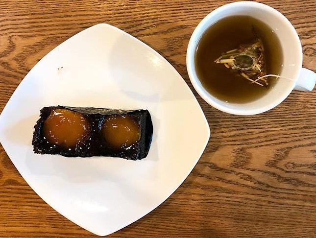 Having a #teabreak at @cedelesingapore!