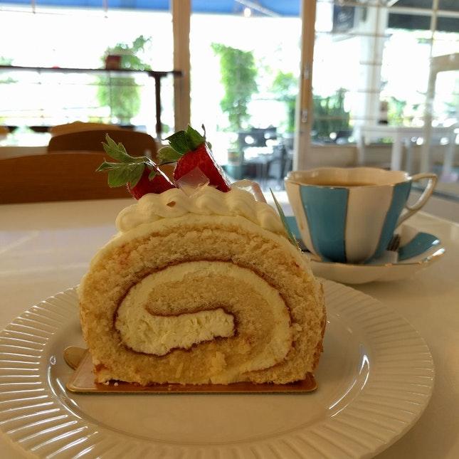 Yuzu Roll Cake