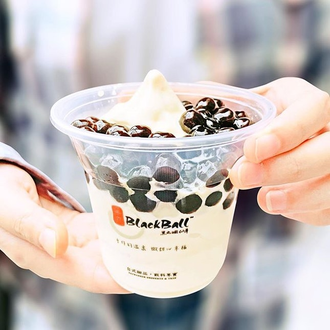 White Rabbit Soft Serve [S$4.50] ・ White Rabbit Candy inspired food is gaining much of a hype and here's @BlackBall.Singapore's rendition in the form of soft serve.