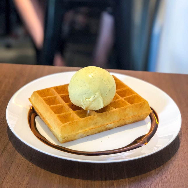 Waffles with Persian Prince Gelato ($9.90)