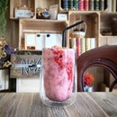Strawberry Cheesecake Frappe