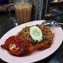 Maggi Goreng Ayam 😋 .
